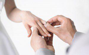matrimonio ceremonia de anillos-dios para todos